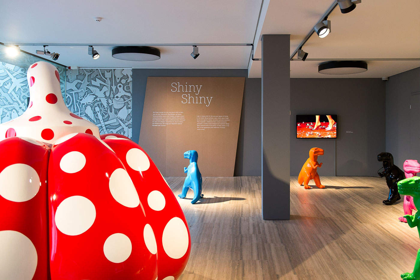 Blue Moon 05: Exhibition view with works by Yayoi Kusama, Sui Jianguo and Sylvie Fleuri